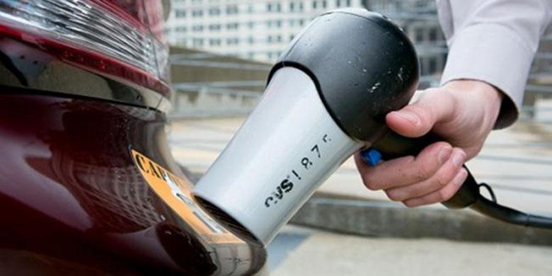 Hair Dryer untuk stiker mobil cara membersihkan stiker pada mobil Cara Membersihkan Stiker pada Mobil Cepat dan Murah Hair Dryer untuk stiker mobil