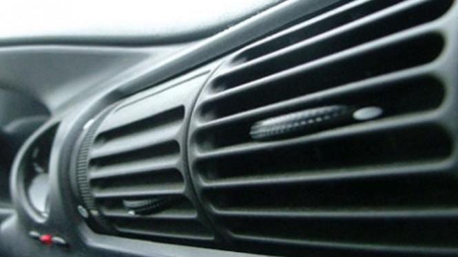 cara perawatan ac mobil berkala agar tetap dingin Cara Perawatan AC Mobil Berkala Agar Tetap Dingin Istirahatkan AC