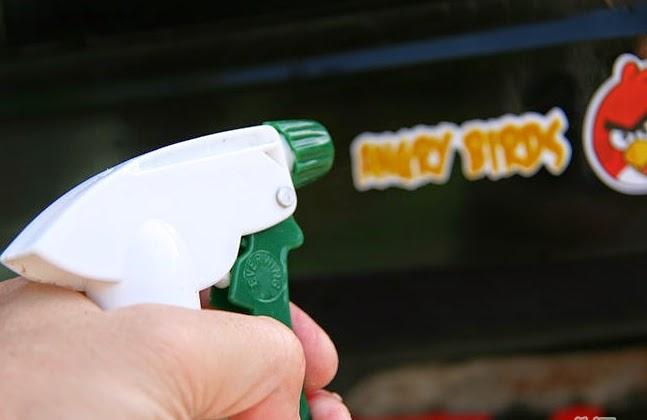 shampo mobil untuk stiker mobil cara membersihkan stiker pada mobil Cara Membersihkan Stiker pada Mobil Cepat dan Murah shampo mobil untuk stiker mobil