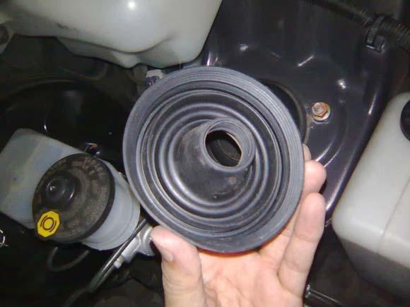 Karet Bohlam mobil cara merawat lampu mobil agar tidak kuning 4 Cara Merawat Lampu Mobil Agar Tidak Kuning Paling Efektif Karet Bohlam mobil