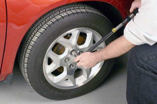 Pengencangan Baut Mobil tips merawat bumper mobil 6 Tips Merawat Bumper Mobil yang Paling Efektif Pengencangan Baut Mobil 603x400  Blog Pengencangan Baut Mobil 603x400