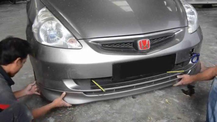 Parkir di Tempat yang Aman tips merawat bumper mobil 6 Tips Merawat Bumper Mobil yang Paling Efektif Pengencangan bumper mobil 711x400