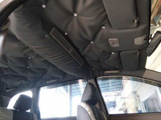 Plafon Mobil tips merawat interior mobil 4 Tips Merawat Interior Mobil Paling Penting Agar Tidak Mudah Rusak Plafon Mobil 539x400