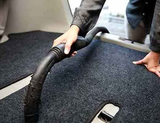 cara mencuci karpet mobil auto draft 6 Kesalahan Mencuci Mobil yang Perlu Diwaspadai dan Sering Dilakukan cara mencuci karpet mobil 1 519x400