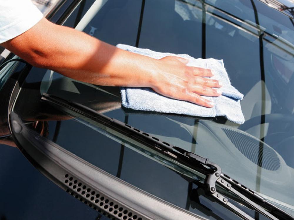 cara mencuci mobil auto draft 6 Kesalahan Mencuci Mobil yang Perlu Diwaspadai dan Sering Dilakukan cara mencuci mobil