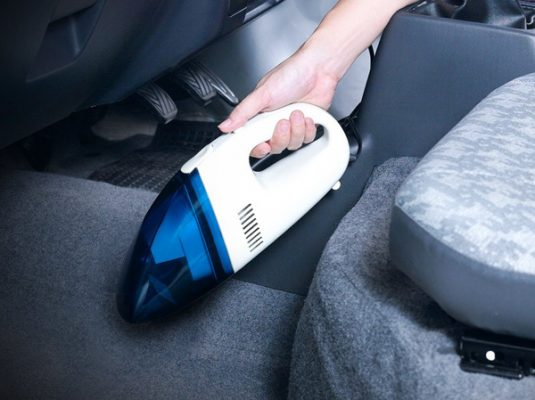 vacuum cleaner karpet mobil auto draft 5 Tips Menjaga Kebersihan Karpet Mobil Mudah dan Simpel vacuum cleaner karpet mobil 535x400